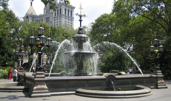 City hall plaza is a must-see on a trip to New York City