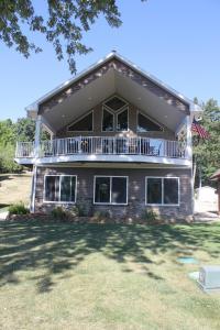 226 Horseshoe, Montezuma, Iowa 50171-1605, 5 Bedrooms Bedrooms, ,1 BathroomBathrooms,Single Family,For Sale,Horseshoe,5645036