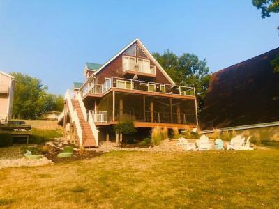 290 Center Point, Montezuma, Iowa 50171-8008, 5 Bedrooms Bedrooms, ,4 BathroomsBathrooms,Single Family,For Sale,Center Point,5647135