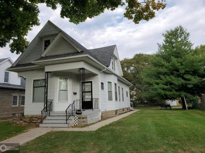1612 Lincoln, Burlington, Iowa 52601-4703, 2 Bedrooms Bedrooms, ,1 BathroomBathrooms,Single Family,For Sale,Lincoln,5664226