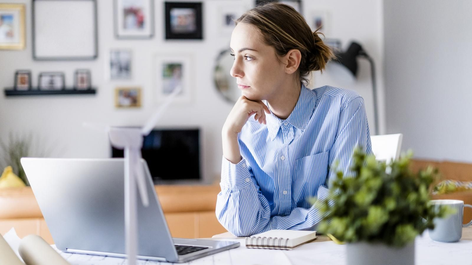 How To Maintain Work Life Balance While Working From Home