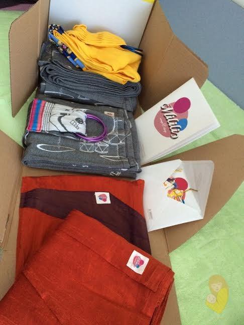 Fluffy mail unboxing :) Otvaranje kutije u kojoj se nalaze marame ili nosiljke je posebna radost.