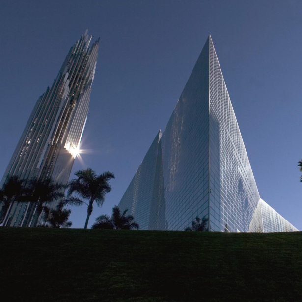 The Crystal Cathedral plans to sell its campus and glass-spired church — and then lease it back — to emerge from Chapter 11 bankruptcy and settle $35 million in debt.