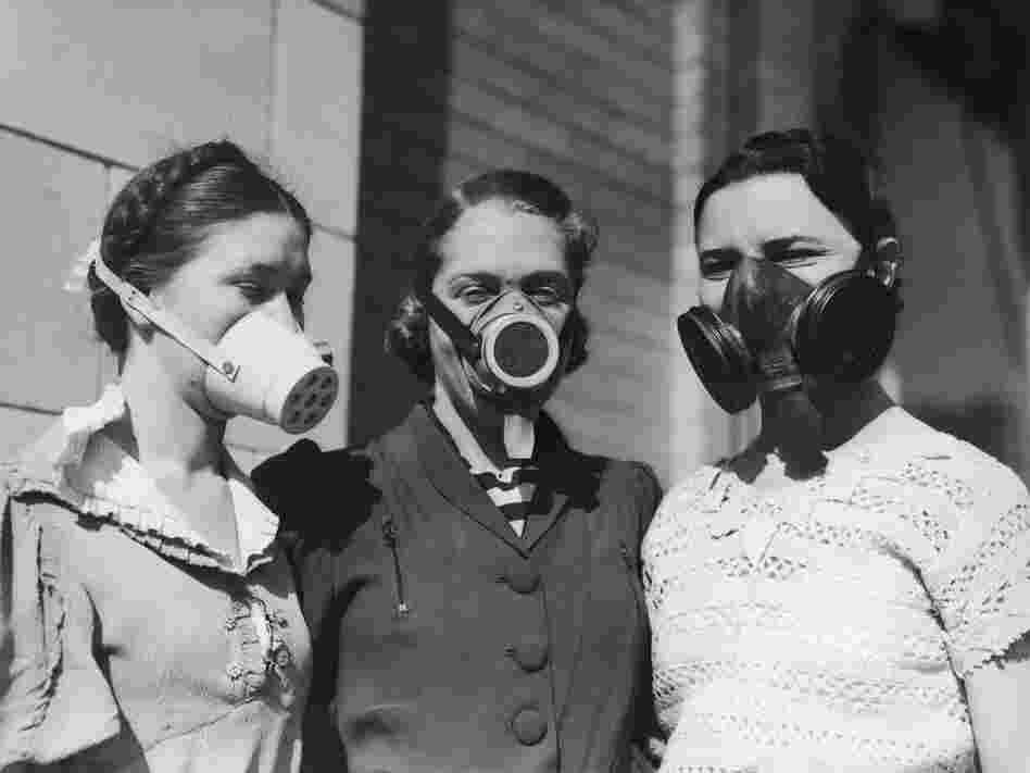 https://i2.wp.com/media.npr.org/assets/img/2011/11/01/80729789-dust-bowl-masks-bdcb7392edb1b938fe6bf692cfafbee5642d6f03-s6-c10.jpg