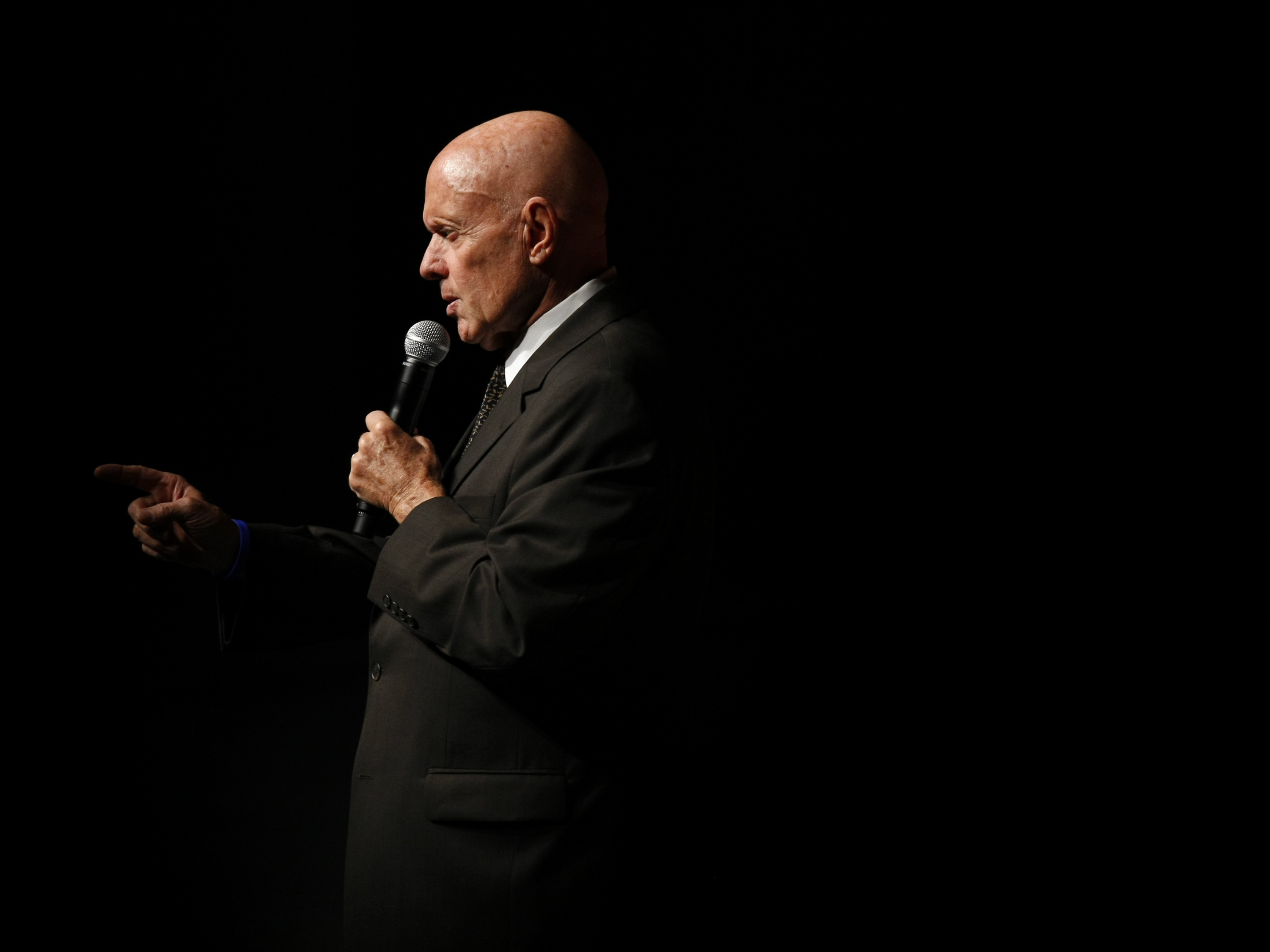 Stephen Covey S Habits Spanned Business Life