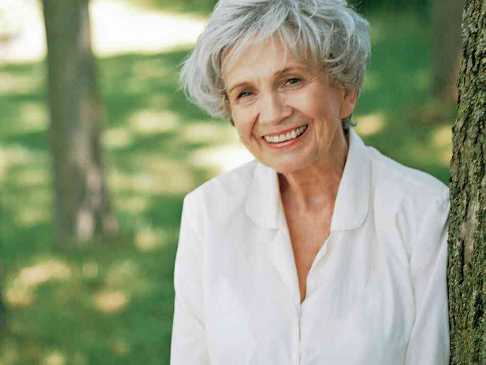 Image of Nobel Prize for Literature 2013 winner, Alice Munro