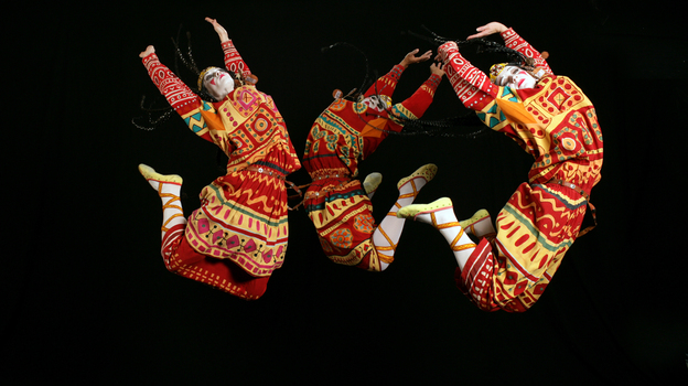 An image from the 2013 production of Le Sacre du Printemps by the Joffrey Ballet, Chicago, reflects the hard jumps and stamps of Vaslav Nijinsky's original choreography.