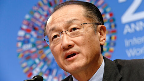 World Bank President Jim Yong Kim wants the international community to step up its response to Ebola.