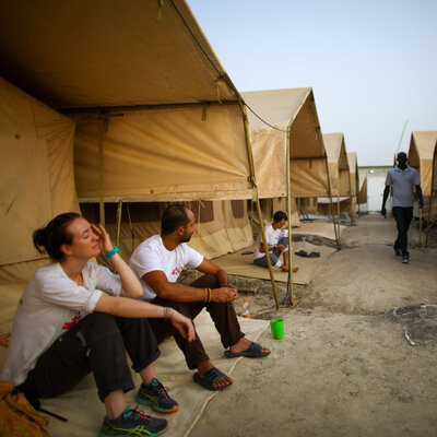 Five Days And Five Nights With Doctors Without Borders