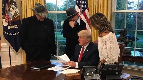 """While the White House has opted not to release visitor logs, it was the three guests themselves who spilled the beans on Twitter and Facebook. Sarah Palin posted several photos, including this one, with the caption, """"A great night at the White House. Thank you to President Trump for the invite!"""""""