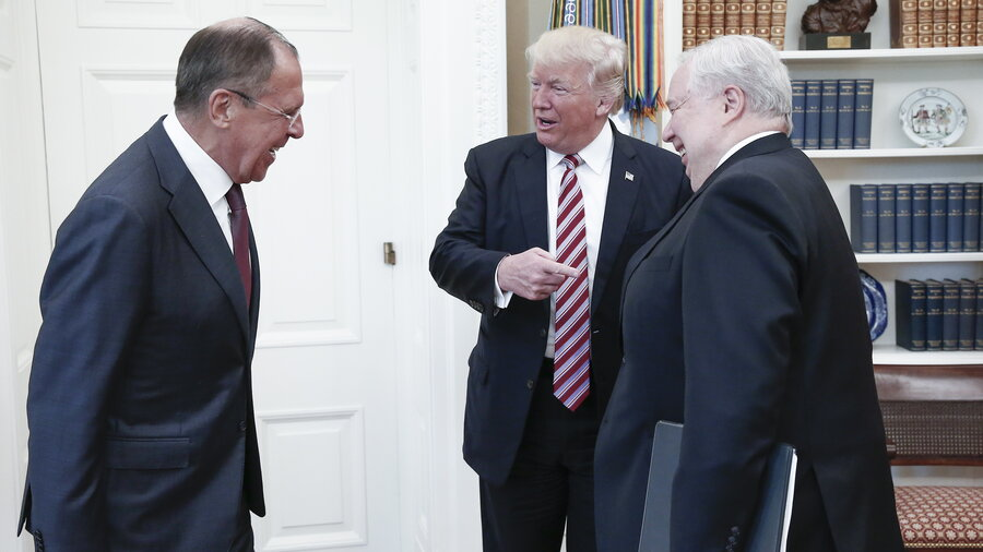 Image result for PHOTO OF TRUMP WITH RUSSIAN GUESTS AT WHITE HOUSE