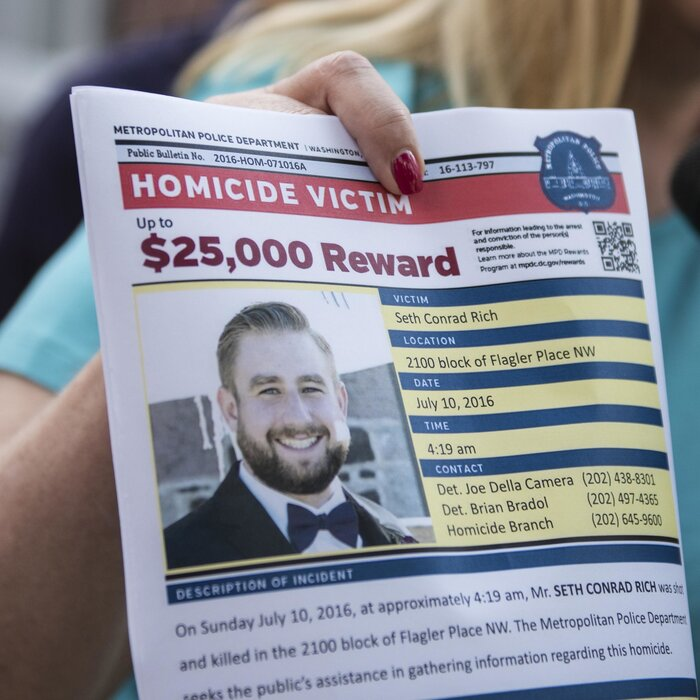 Unproved Claims Re-Emerge Around DNC Staffer's Death: Here's What You Should Know