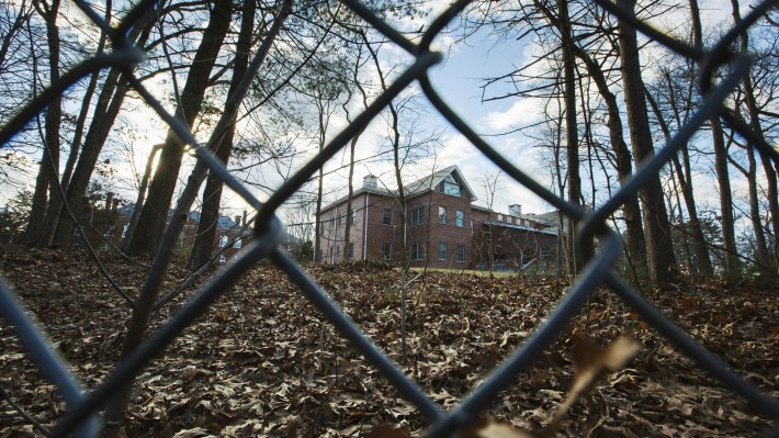 The status of the Russian estate in Long Island is set to be discussed by U.S. and Russian officials on Monday.