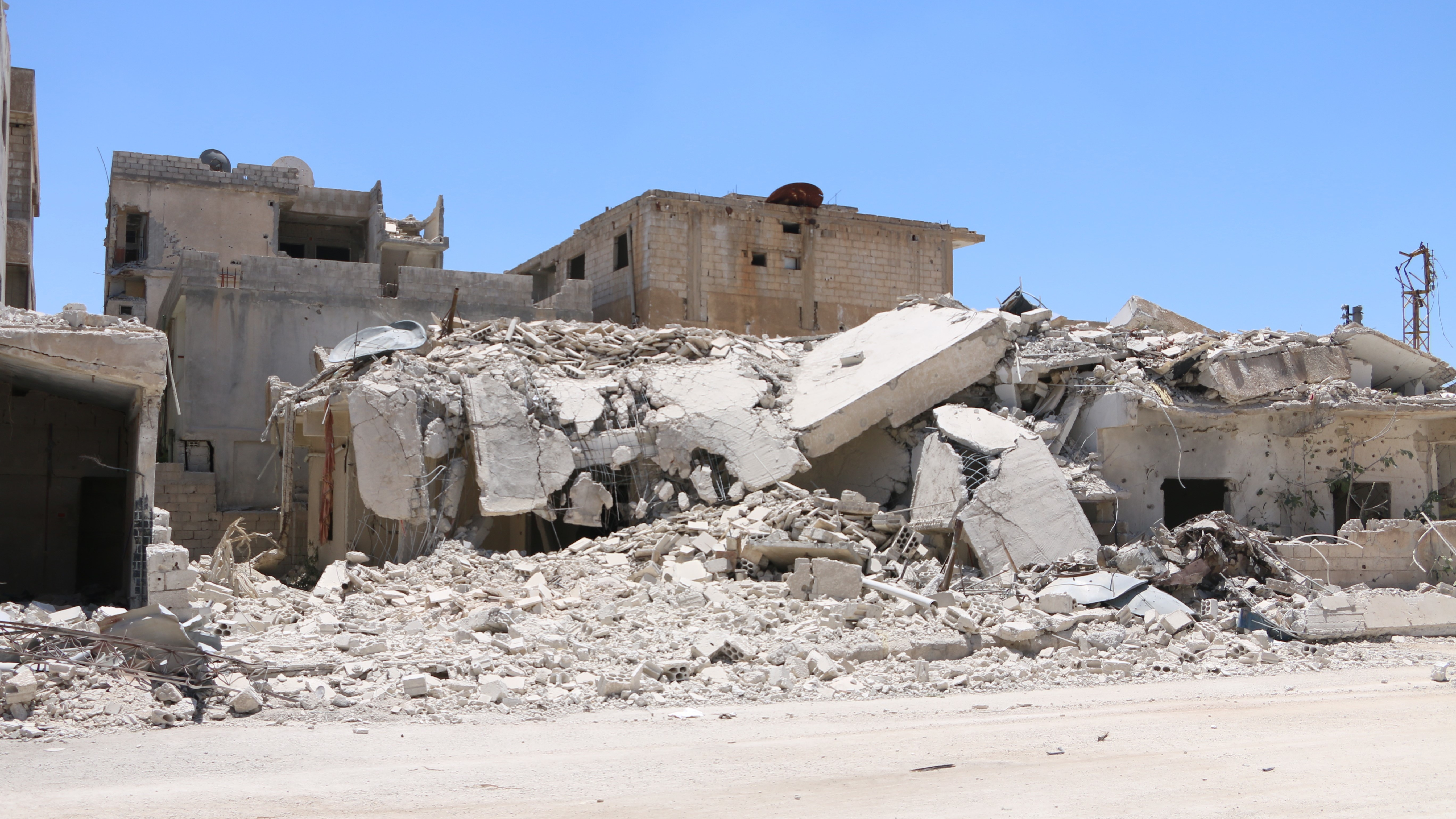 The Syrian city of Daraa, heavily hit by barrel bombs and other strikes by the Assad regime, is one of the areas covered by the current cease-fire. For the past eight days, residents have had a respite from the regime