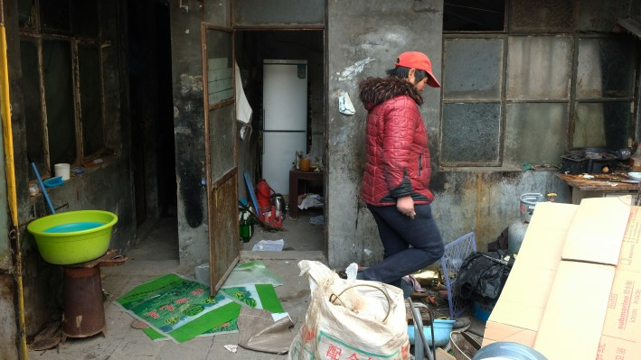 Authorities have given residents in Jiugong Township of Beijing, many of whom are migrant laborers, just days to clear out before they shut off all electricity and water.