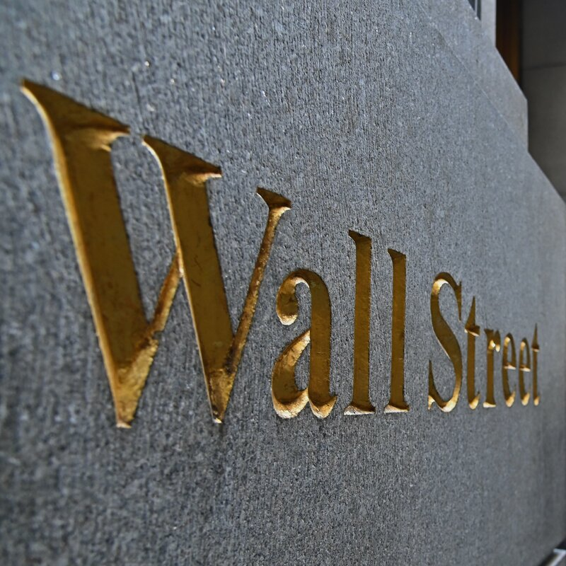 The Big Comeback: S&P 500 Closes At Record High 6 Months After Coronavirus Plunge
