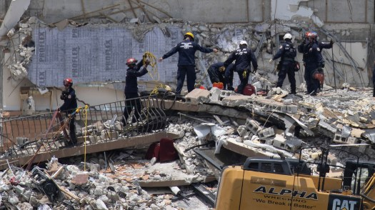 Live Updates: Miami-Area Condo Collapse : NPR 3