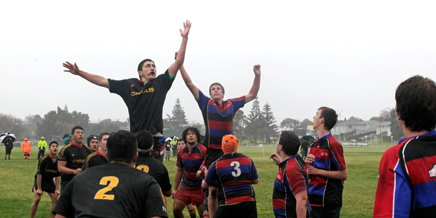 LEADER OF THE PACK: Central (left) continued to dominate the 15-a-side rugby at the New Zealand Area Schools Tournament in Wanganui with a 49-nil hammering of Top of the South yesterday.070715WCBRCINT02