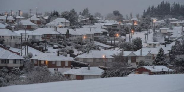 Brockville wakes to snow. Photo / Stephen Jaquiery