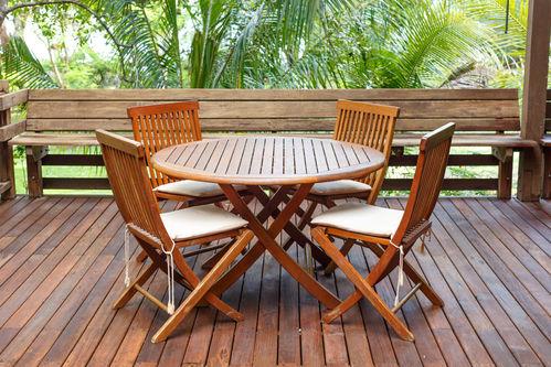table d exterieur en bois infos