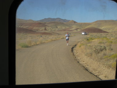 Painted-Hills-Half-Marathon-start-2011.JPG