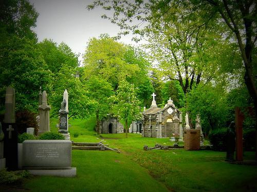 """Résultat de recherche d'images pour """"beau cimetière"""""""