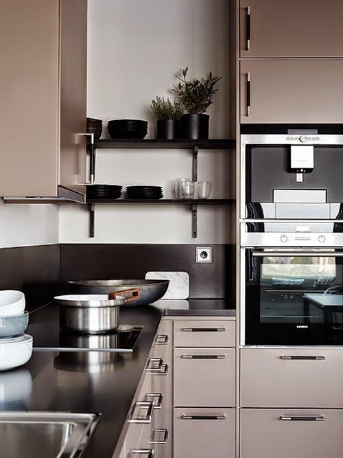 Stockholm Appartement Avec Un Bureau En Rose Et Noir