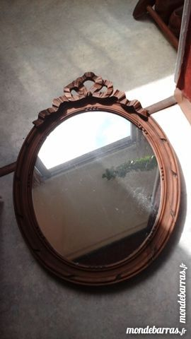 miroir ovale dans un cadre ovale ancien a 45