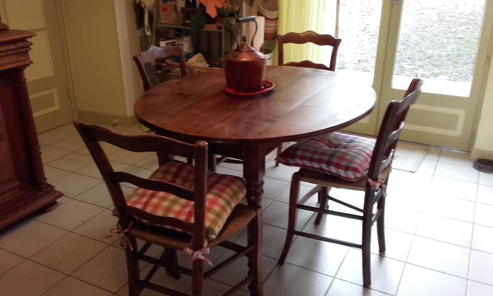 table ancienne style louis philippe 4 chaises a 230