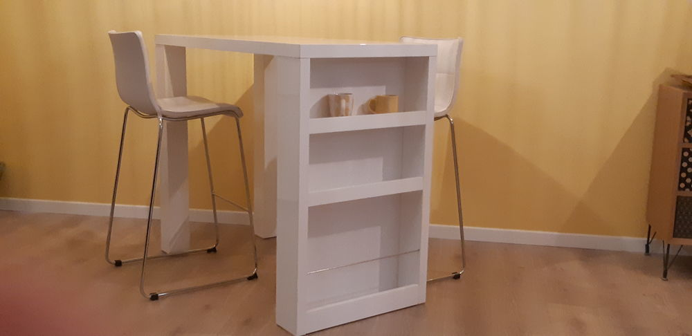 table haute laquee blanc a 200