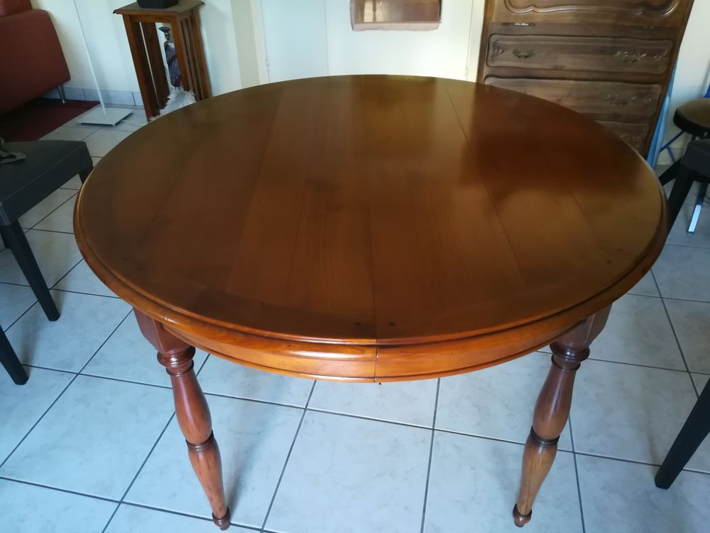 table ronde merisier massif style louis philippe a 250