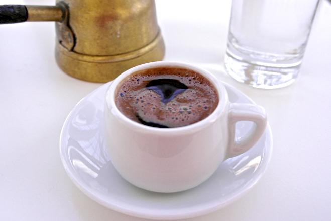 Ελληνικός καφές: ποιους κινδύνους μειώνει;
