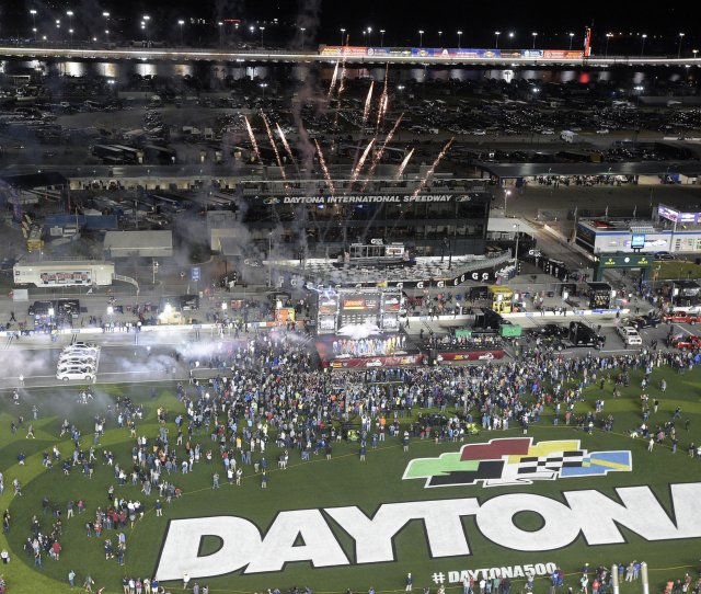 When Is The Daytona 500 Date Start Time Tv Channel Complete Speedweeks 2017 Schedule Pennlive Com