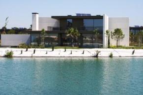 Lake Property Portugal
