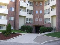 1,5,9,15 Jacksway Cr condos near University Western Ontario