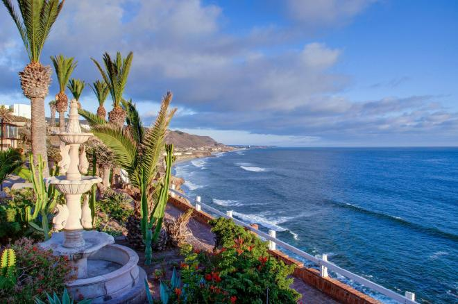 Ocean View Condo For Sale in Plaza Del Mar, Playas de Rosarito