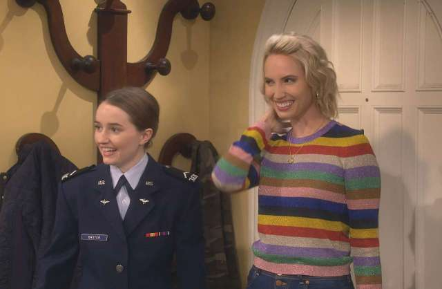 Last Man Standing First Look At Molly Mccook As Mandy Baxter