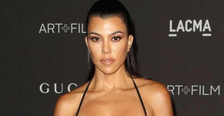 Kourtney Kardashian and Travis Barker Put on Heavy PDA ...