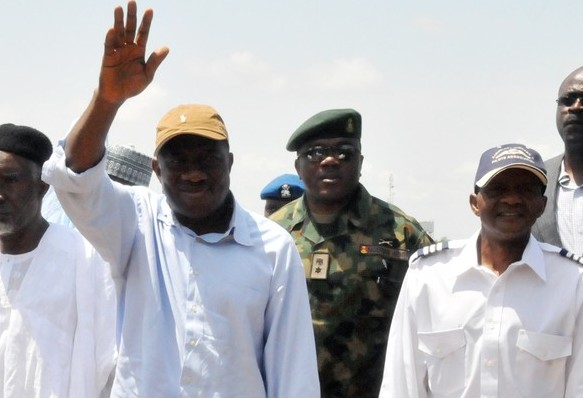 PRESIDENT GOODLUCK JONATHAN VISITS FLOODED VICTIMS IN TARABA STATE