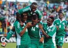 Super-Eagles-players-celebrating-
