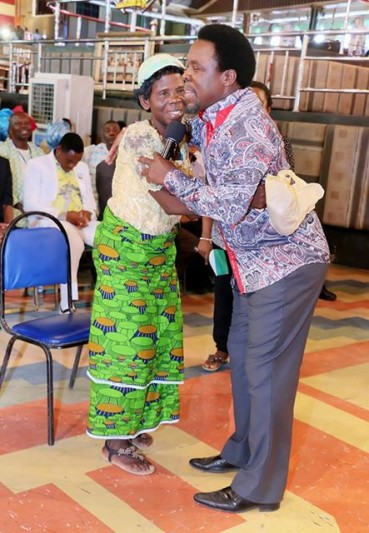 T B Joshua returns elderly woman's half-a-million Naira tithe
