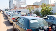 PIC. 6. FUEL QUEUE AT A FILLING STATION ON THE INDEPENDENCE AVENUE, CENTRAL BUSINESS DISTRICT IN ABUJA ON MONDAY (16/11/15). 7200/16/11/2015/BJO/NAN