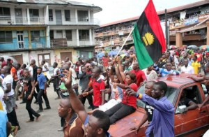 pro-biafra-protesters-690x450