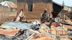 Burnt House in Okokolo Village that was attacked by herdsmen in Agatu, (13/3/16) 2258/13/3/2016/HB/NAN