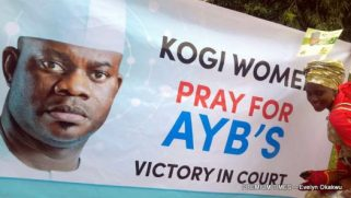 Women supporters of Yahaya Bello at the court