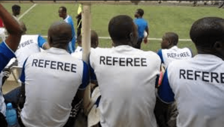 Referee used to illustrate the story.
