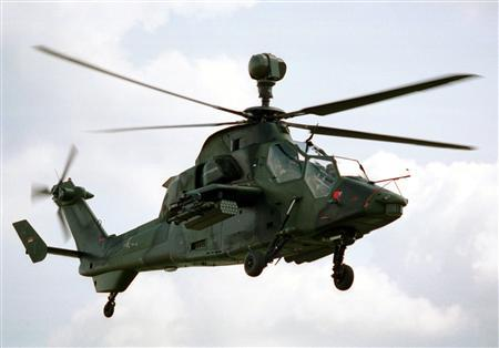 "File picture shows a German-French attack helicopter Eurocopter PAH-2/UHU called ""Tiger"" released by the German Defence Ministry in Bonn, March 7, 2001.  REUTERS/German Defence Ministry/Files"