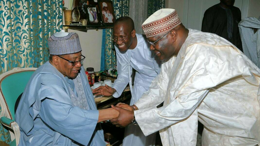 Former military President, Gen. Ibrahim Babangida and former Vice President and chieftain of All Progressives Congress, Atiku Abubakar, at a courtesy visit on IBB, at his Hilltop Residence in Minna, Niger State on Tuesday, 14 February, 2017.