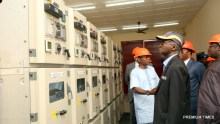 Hon. Minister of Power, Works & Housing, Mr Babatunde Fashola, SAN(middle), the Minister of State in the Ministry, Hon. Mustapha Baba Shehuri (left) and Deputy Managing Director, Ibadan Electricity  Distribution  Company Plc  (IBEDC) , Engr. John Ayodele (left) inspecting the IBEDC's  Control Room  during the 12th Monthly Meeting with Sectoral Participants in the Power Sector hosted by IBEDC Plc  at the Olorunsogo Injection Substation, Akanran, Lagos-Ibadan Expressway, Ibadan, Oyo State on Monday 13th, February 2017.