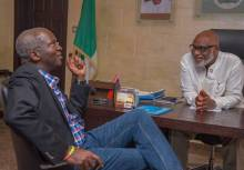 Governor Oluwarotimi Akeredolu welcomes the Honourable Minister of Power, Works and Housing Babatunde Fashola to the Governor's Office. March 23, 2017 [Photo: Nguher Zaki]